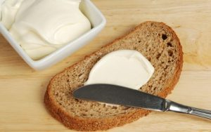 margarina_cel_mai_nesanatos_aliment